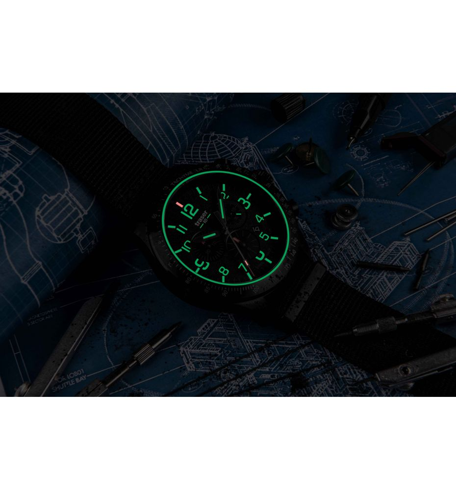 Zegarek Męski Traser P67 Officer Pro Chronograph Black 109465 - Tempus